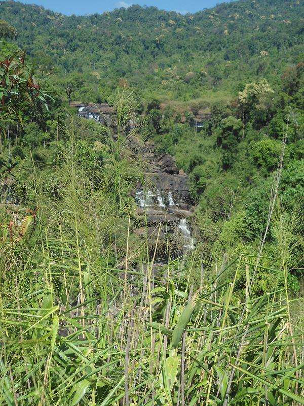 Sre Ambel, Cambodia: K'Bahl Poong Roo-Uhl Waterfall (forgotten ...